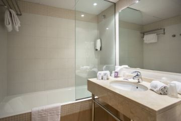 Appart Hotel Annapurna - Appartement 6-8 personnes - SDB nº1