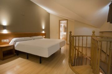 Appart Hotel Annapurna - Appartement 6-8 personnes - Chambre nº2
